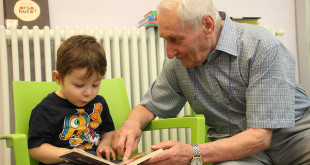 anziani-e-bambini