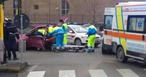 scontro auto-ambulanza
