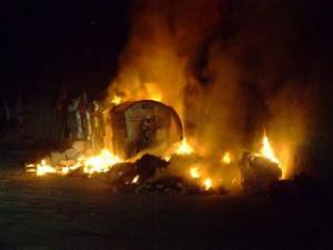 77-cassonetto-fiamme